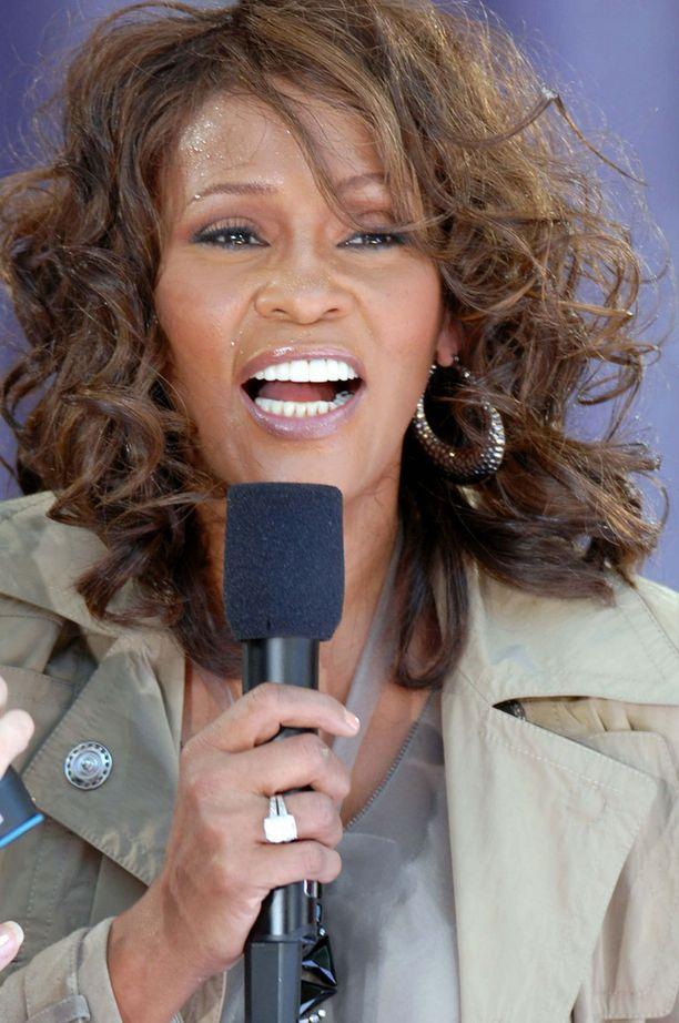 Whitney Houston oli yksi maailman menestyvimmistä naislaulajista.