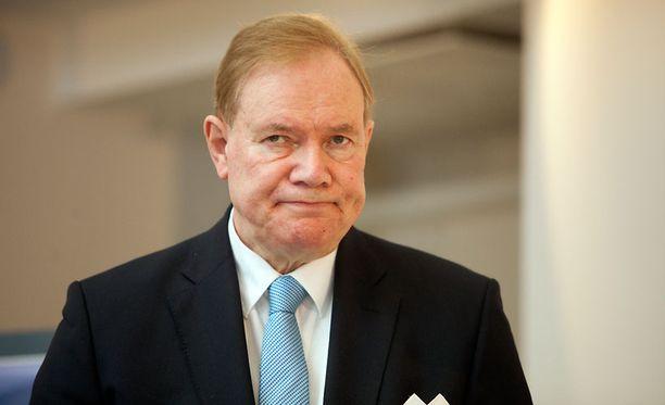Paavo Lipposen (sd) kannatus on laskenut neljä prosenttiyksikköä joulukuusta.