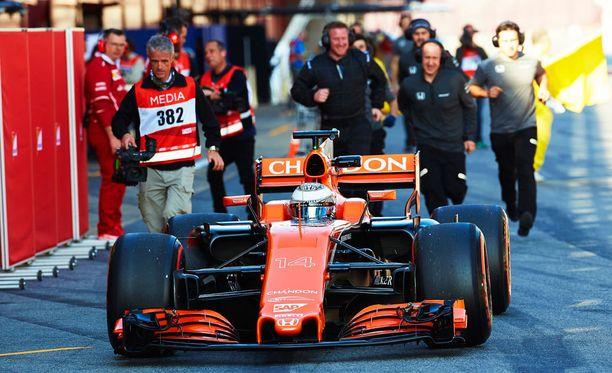 Fernando Alonson ja McLarenin testit ovat olleet ongelmien värittämät.