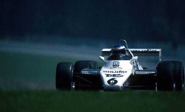 Rosbergin Williams-autolla oli sattumalta sinivalkoinen väritys.