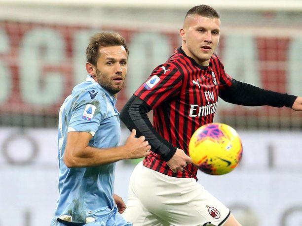 Lazion ja Milanin välisestä ottelusta odotetaan tasaista.