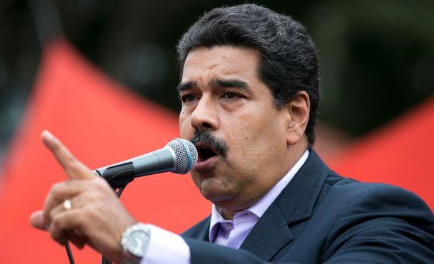 Venezuelan presidentti Nicolas Marduron asemasta vaaditaan kansanäänestystä.