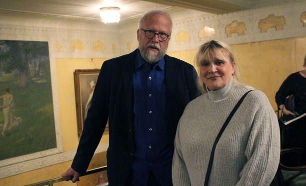 Ari Nurmela ja Erja Rytkönen tulivat alun perin Ruotsiin vain hetkeksi, nyt ulkosuomalaisena vietettyjä vuosia on mittarissa lähes neljäkymmentä.