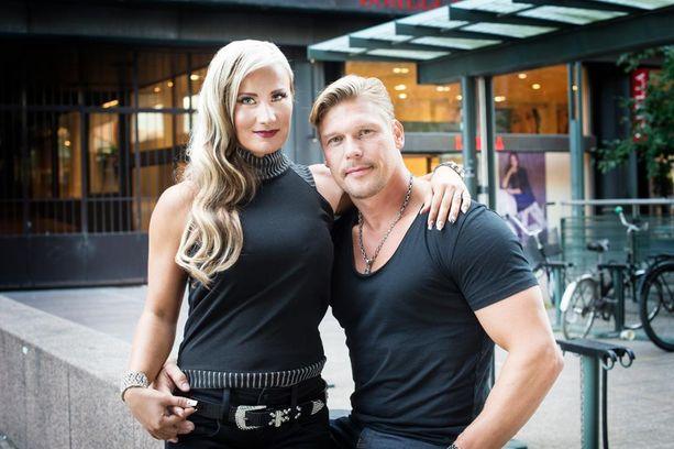 Rita Niemi-Manninen ja Aki Manninen puuttuivat uhkaavaan tilanteeseen.