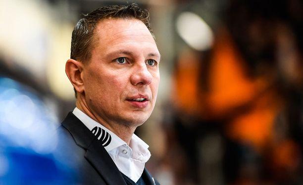 Tappara-valmentaja Jussi Tapola.