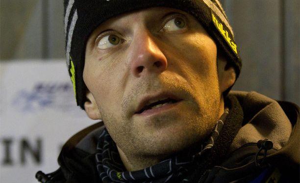 Janne Ahosella ei mennyt Puijolla putkeen.