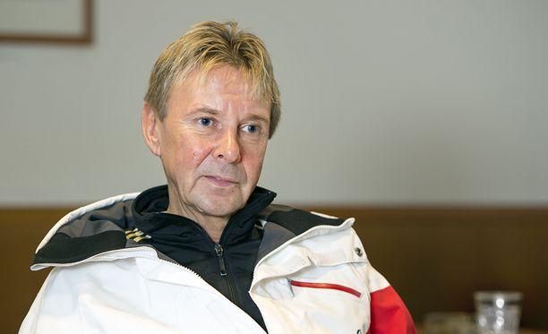 Matti Nykänen on huolestunut Suomen mäkihypyn tilasta.