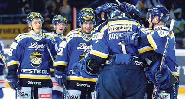 Periaatteessa jokainen pelaaja on vapaa lähtemään, toteaa toimitusjohtaja Tom Kivimäki.