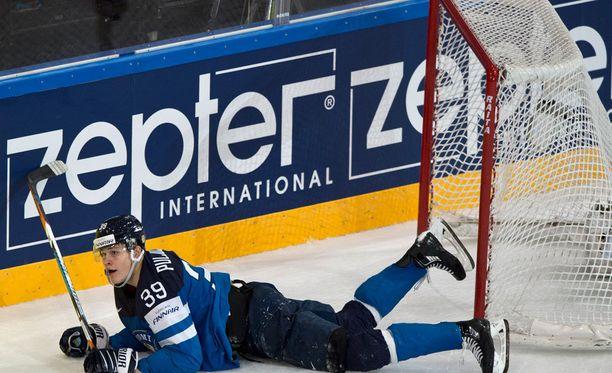 Jesse Puljujärvi on joutunut pieneen rooliin MM-kisoissa.