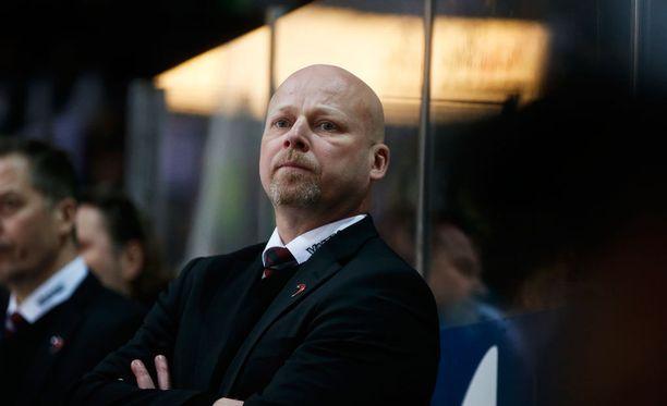 Marko Virtasen JYP on lennossa.