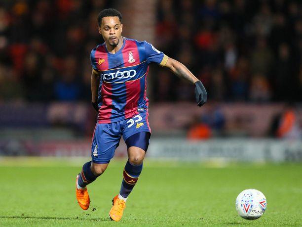 Tyrell Robinson ehti pelata kolmen kauden ajan Bradford Cityssä ennen kuin seura antoi hänelle potkut.