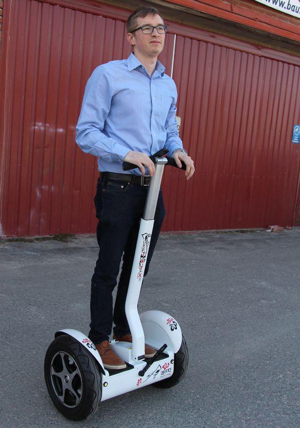Cityrobots Urban -laitteella ajamisen oppii parissakymmenessä minuutissa.