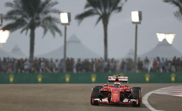 Kimi Räikkönen Yas Marinan radalla.