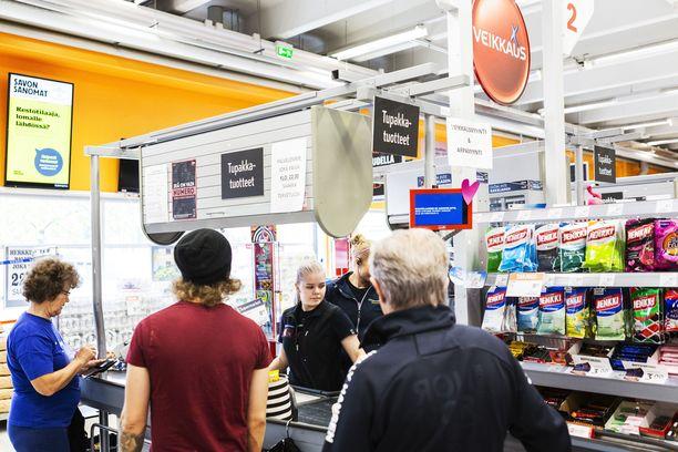 Lähes 92 miljoonan euron voittojärjestelmä oli myynnissä Siilinjärvellä K-Supermarket Herkkupadassa. Vielä eilen tosite oli kaupan kassakaapissa.