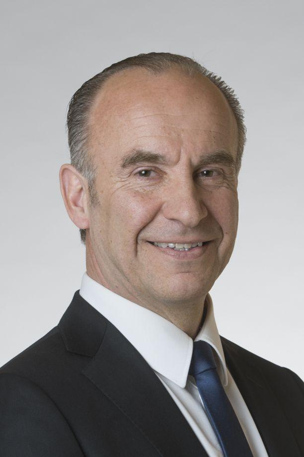 Kokoomuksen kansanedustaja Markku Eestilä otti vaaleja varten valtavan lainan.