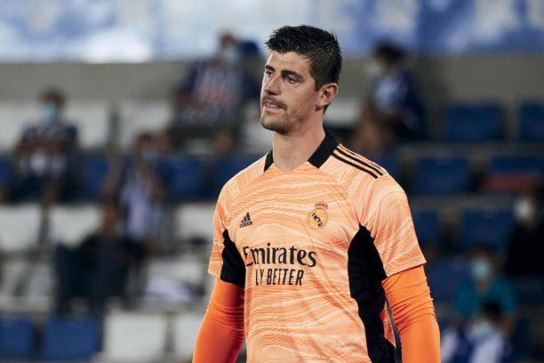 Thibaut Courtois pukee jatkossakin Real Madridin pelipaidan ylleen.