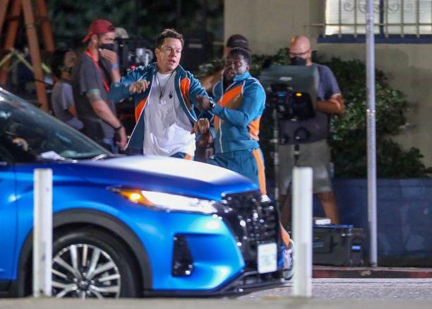 Onnettomuus tapahtui Kevin Hartin ja Mark Wahlbergin tähdittämän Me Time -elokuvan kuvauksissa.