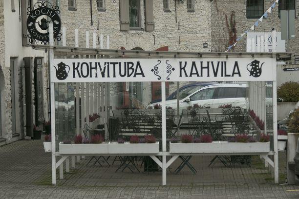 Tallinnan Raatihuoneentorin ravintolat ovat liian kalliita jopa apulaiskaupunginjohtajalle.