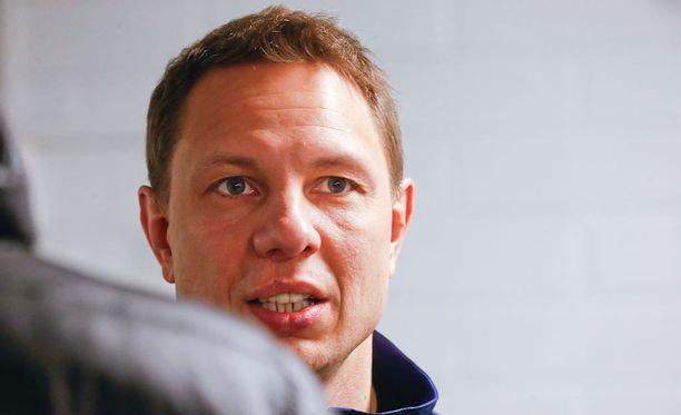 Jussi Tapola lämpeni tuomarien työskentelystä.
