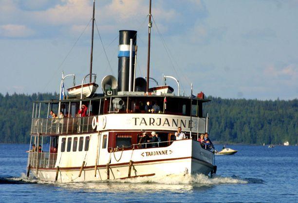 Sisävesilaivaliikenne voi kulkea jatkossakin ennen kello seitsemää aamulla ja kello viiden jälkeen illalla.