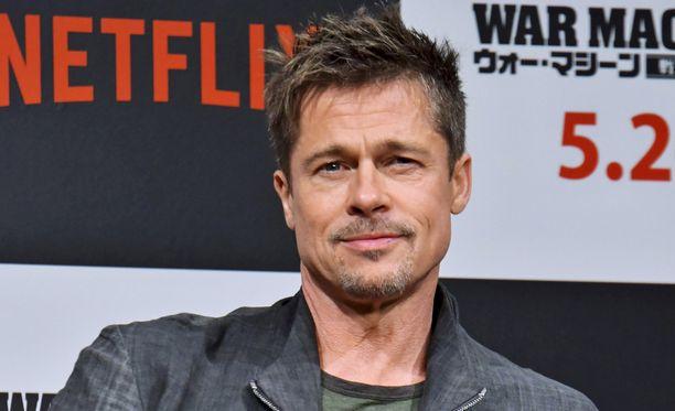 Brad Pitt ei kaipaa elämäänsä parisuhdetta pitkän liiton jälkeen.