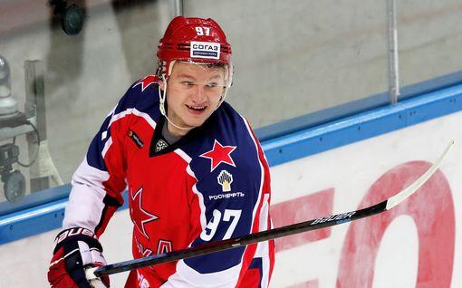 """KHL:n supertähti solmi NHL-sopimuksen – """"Hän on älykäs ja dynaaminen hyökkääjä"""""""