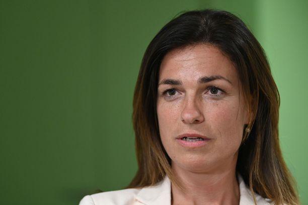 Judit Varga kuuluu Viktor Orbanin johtamaan Fidesz-puolueeseen.