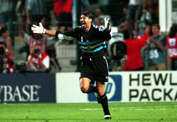 Klassikko-ottelun sankari: argentiinalaismaalivahti Carlos Roa torjui upeat MM-kisat vuonna 1998 Ranskassa.