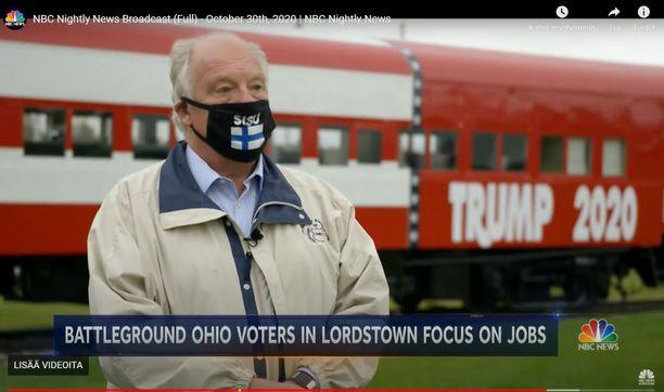 Lordstownin pormestarin maskivalinta on herättänyt huomiota.