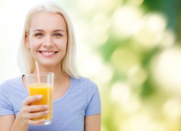 Mehuissa on hedelmää, mutta yleensä myös paljon sokeria.