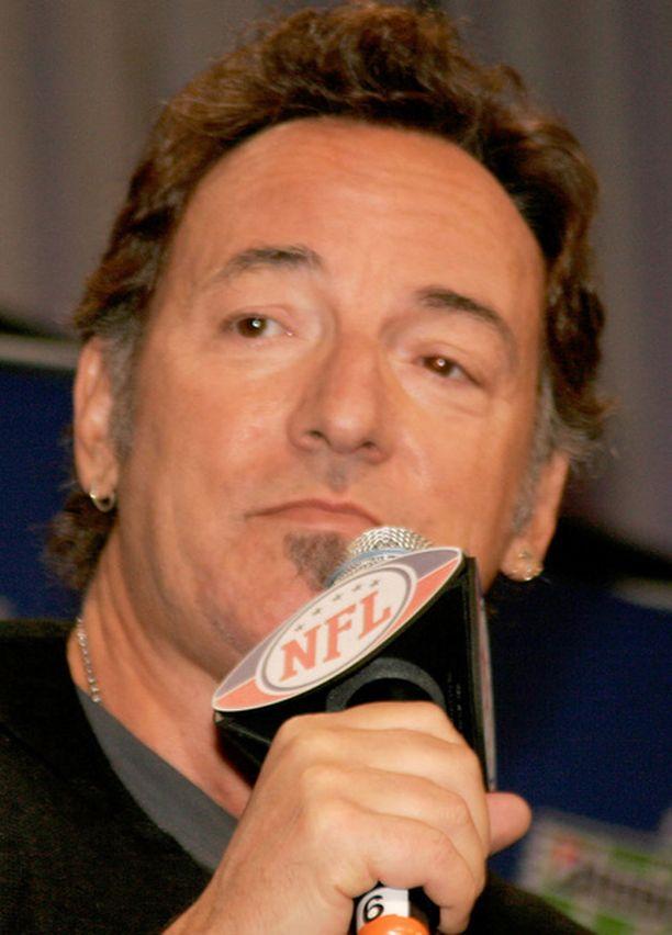 """""""Pomo"""" eli Bruce Springsteen on Super Bowl -tapahtuman pääesiintyjä."""
