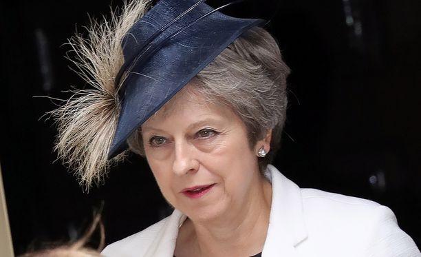 Pääministeri May onnistui välttämään hallituskriisin.