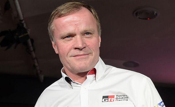 Tommi Mäkinen johtaa Toyotan rallitiimiä rennolla otteella.