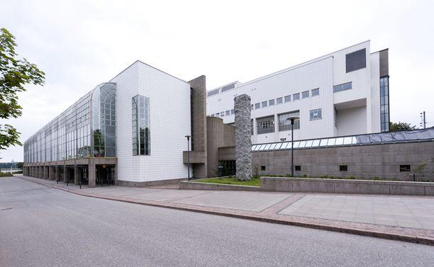 Kansallisoopperan kausi alkaa perjantaina. Se on ensimmäinen päivä, kun Helsingin yleisötilaisuuksissa pitäisi käyttää niin sanottua lohkoamisjärjestelmää, mutta ooppera ei aio sitä noudattaa.