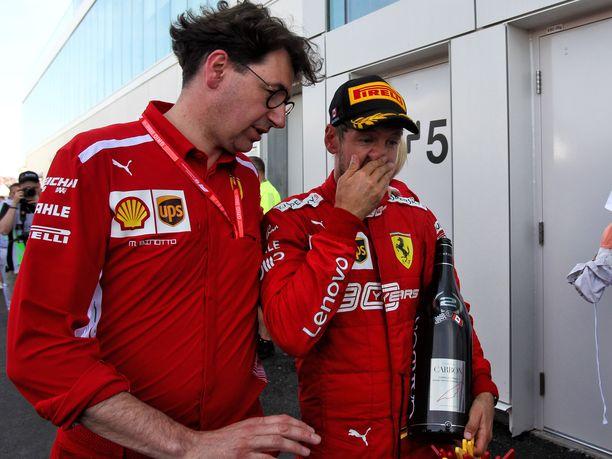 Sebastian Vettel ei sulattanut Kanadan GP:n tuomariston päätöstä. Tallipäällikkö Mattia Binotto piti saksalaiskuljettajaa kilpailun moraalisena voittajana.