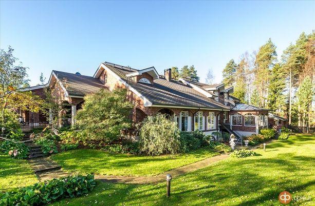 Oulun kallein asunto on lähellä keskustaa sijaitseva 324-neliöinen kartano.