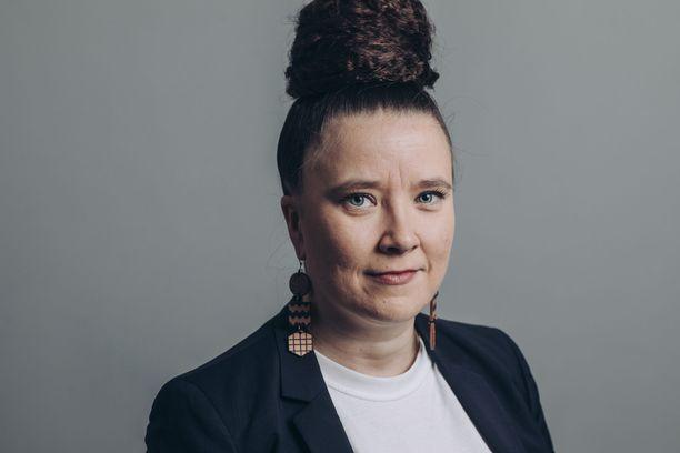 Isännöintiliiton toimitusjohtaja Mia Koro-Kanerva kertoo lausunnossaan ymmärtävänsä, että ala ei näyttäydy nyt moitteettomana.