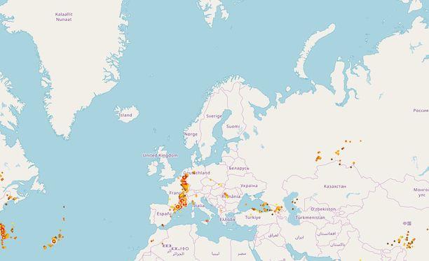 Salamakartalla oli torstaina hiljaista. Salamakäärme riehuu eteläisemmässä Euroopassa.