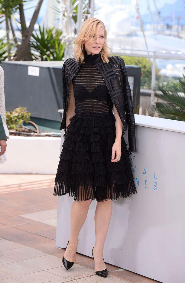Cate Blanchett valitsi myös Alexander McQueeniä.