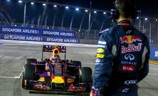 Red Bull yrittää maanitella Audia mukaan F1-sirkukseen.