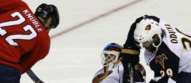 NHL aukeaa vihdoin eurooppalaistuomareille,
