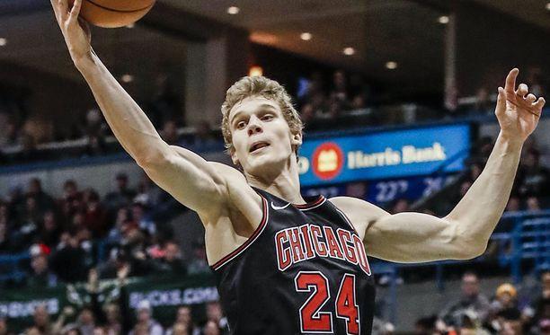 Lauri Markkanen heitti oman piste-ennätyksensä New York Knicksiä vastaan.