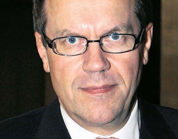 Jorma Ollilan mukaan Suomi ei pääse helpolla finanssikriisistä.