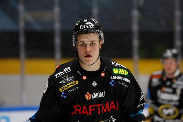 Jesse Puljujärvi tarjoili kaksi maalia Kärppien voitossa HIFK:sta.