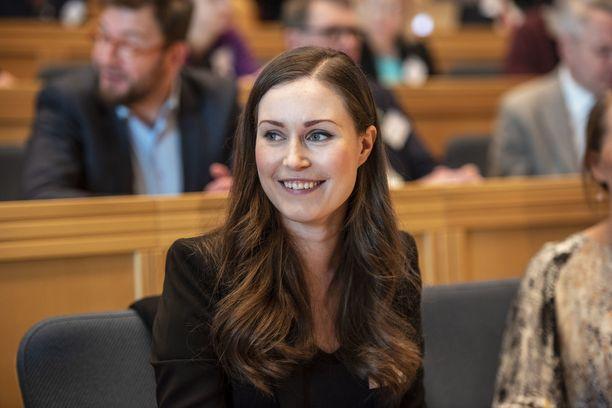 Pääministeri Marinin mukaan hallitus ei sulje mitään työllisyyttä parantavaa keinoa tarkastelun ulkopuolelle.