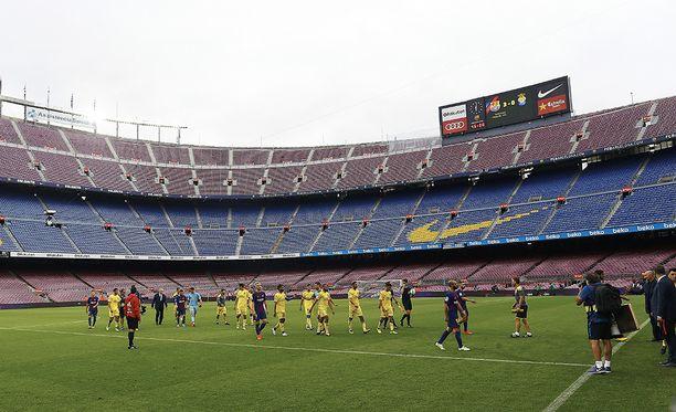 Barcelona juhli voittoa tällä kertaa vain joukkueen kesken.