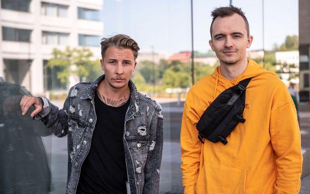 Norjalais-ruotsalainen dj-kaksikko haluaa seuraavaksi keikkailemaan Euroopan ulkopuolelle. Heillä on ollut jo joitain keikkoja Aasiassa. – Kiina on yksi vaikeimpia keikkapaikkoja, sillä he eivät osaa englantia kovin hyvin. Meidän pitää puhua yleisölle läpi keikan, jotta he viihtyisivät, miehet kertovat.
