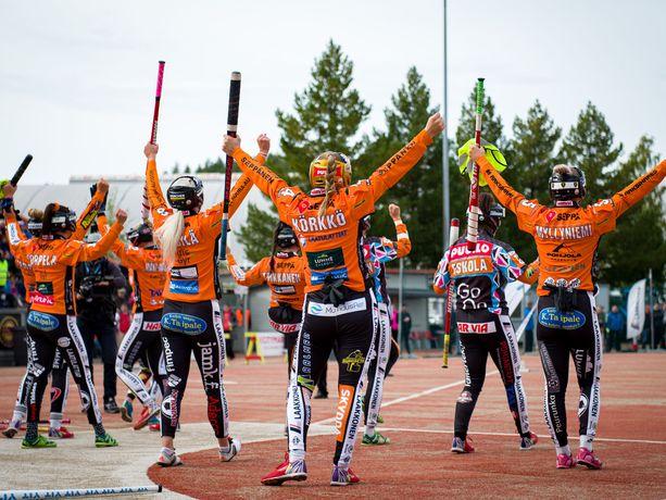 Kirittäret juhli sunnuntaina kotiyleisönsä edessä kolmatta peräkkäistä Suomen mestaruutta.