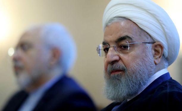 Presidentti Hassan Ruhani syyttää maan huonosta taloustilanteesta Yhdysvaltoja.