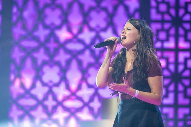 Saaran huikea tie X Factor -kilpailussa jatkuu tämäniltaisella esityksellä.